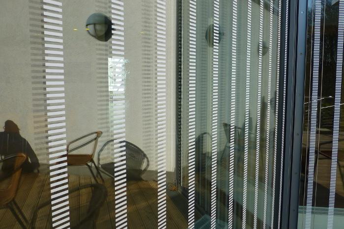 Hochwirksame Muster Gegen Vogelschlag An Glas Bund Nrw